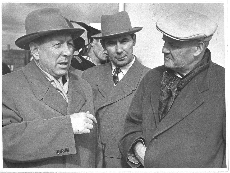 Спиридонов, Родионов,Торез. 1959